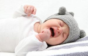 Почему ребенок плачет часто во сне?
