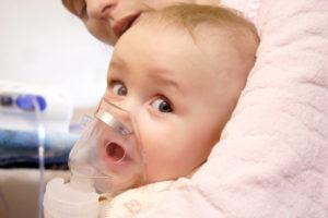 Что делать при кашле у грудного ребенка?
