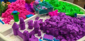 Песок цветной для игры дома