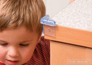 Безопасность ползающих детей