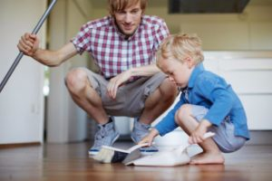 Воспитывать детей нужно с помощью