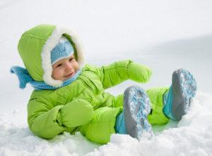 Как зимой гулять с ребенком?