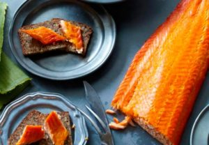 Можно ли копченую рыбу кормящим?