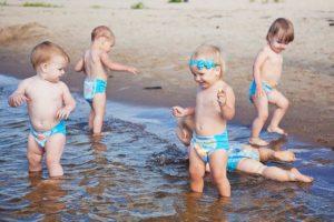 Можно купаться вместе с ребенком