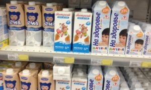 Можно ли ребенку 1 год молоко?