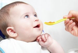 Прикорм ребенок