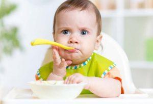 Ребенок не хочет кушать в 7 месяцев