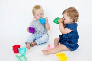 Как приучить пить ребенка из кружки?