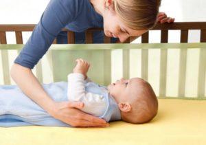 Как ребенка положить спать?