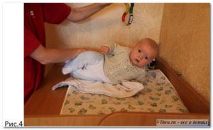 Как ребенка в 3 месяца научить переворачиваться?