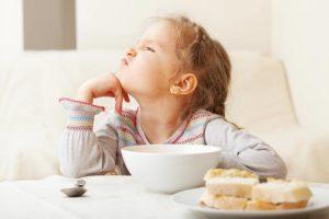 Ребенок хочет кушать но не ест