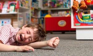У ребенка истерика в магазине
