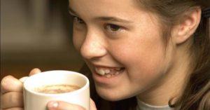 Можно ли детям 12 лет пить кофе?
