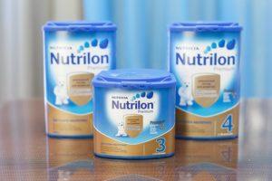 Молочный смесь для новорожденных
