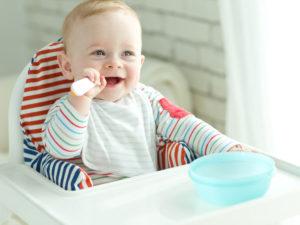 Как приучить ребенка к прикорму 6 месяцев?